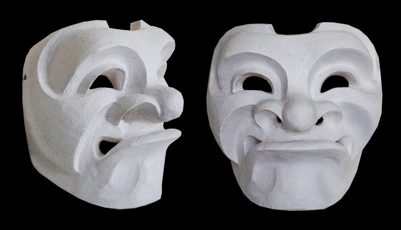 Grimacing man mask