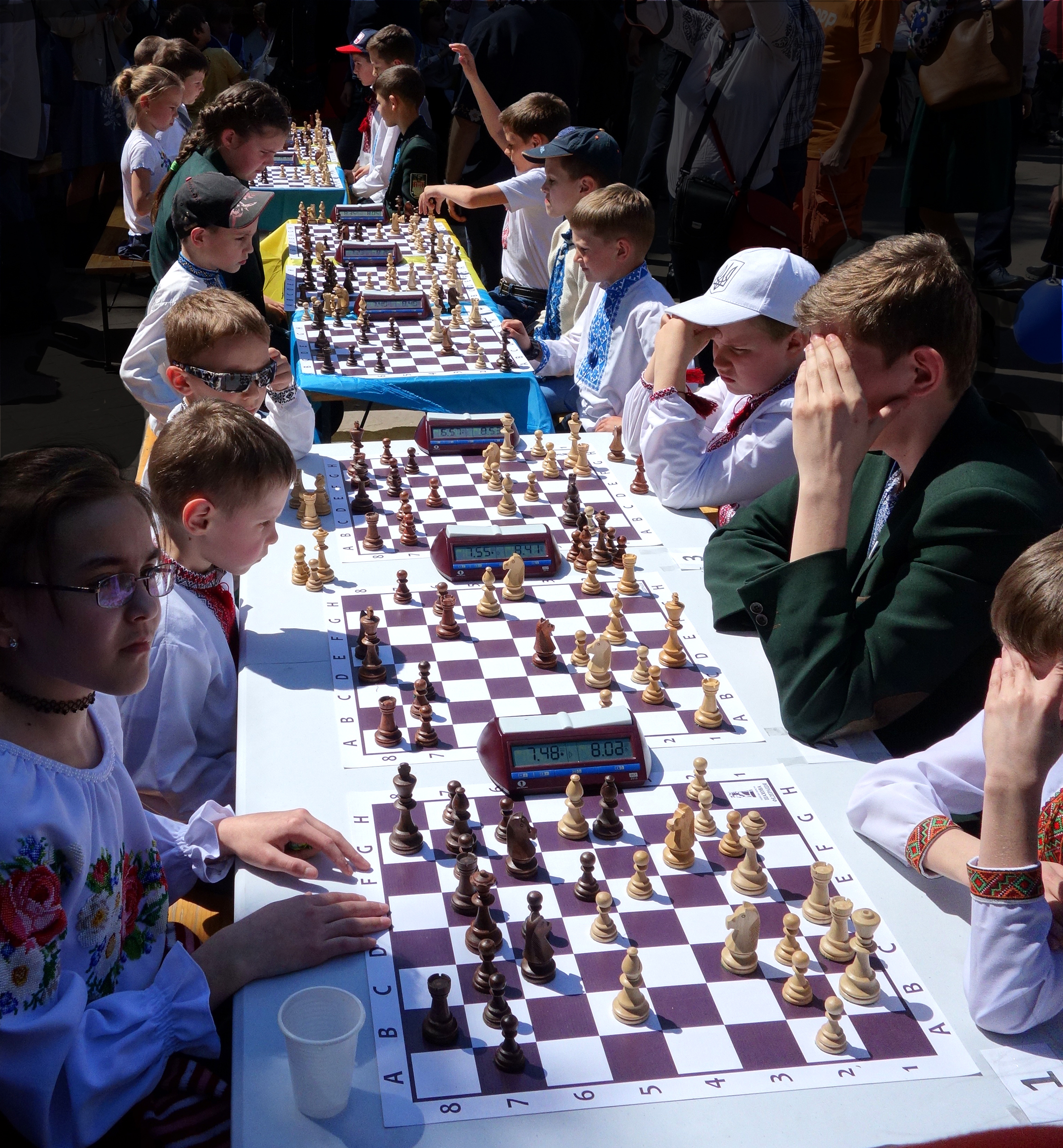 1r chess kids